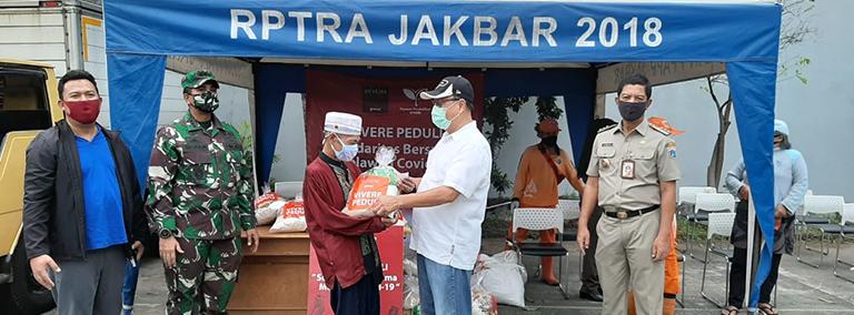 Update #VIVEREpeduli – Salurkan 2146 Paket Sembako & Donasi APD ke 4 Faskes